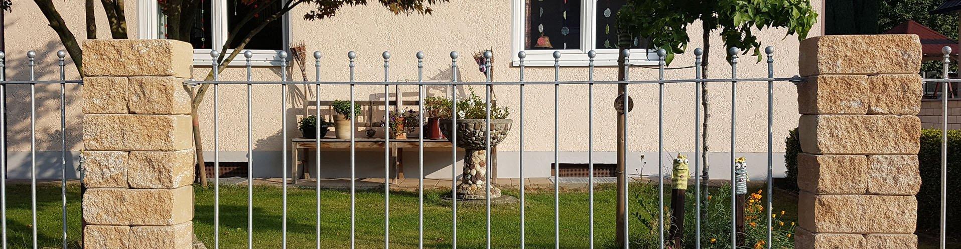 Gartenzaunelemente aus Metall